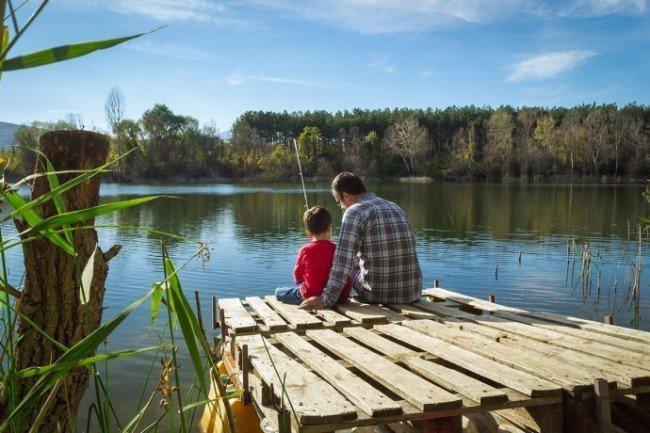 рыбная ловля на озере