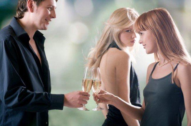 Женская ревность: почему возникает