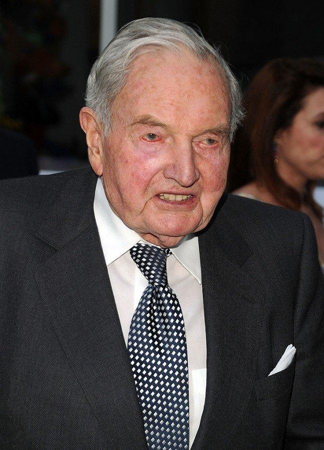Дэвид Рокфеллер. Умер в 101 год.
