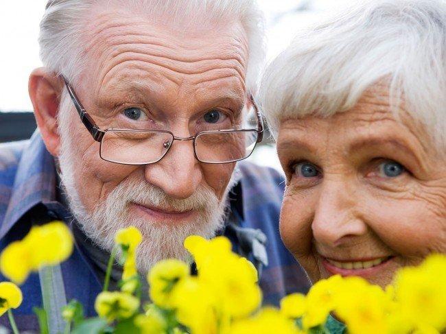День пожилого человека когда отмечается  в 2017 году?