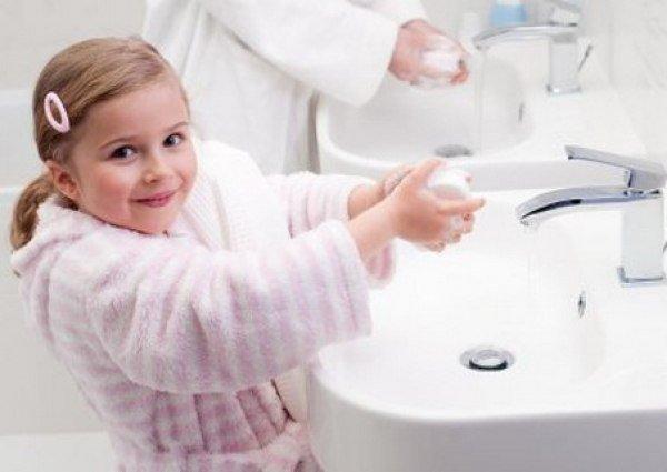 100 к 1. Какую привычку стараются привить родители ребёнку?