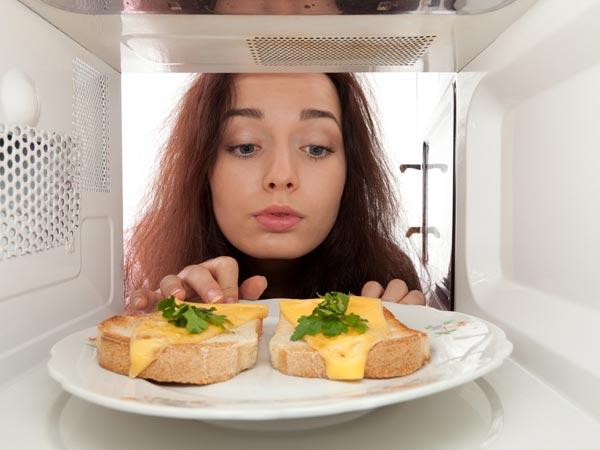 Вредна ли еда из микроволновки?