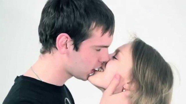 наказание за поцелуи в общественных местах