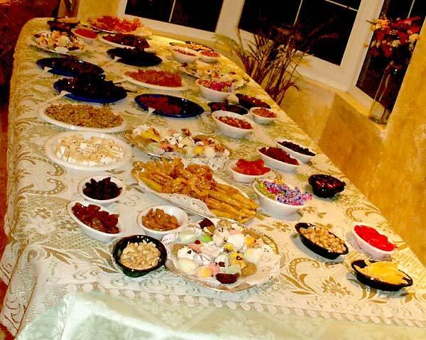 Как накрыть стол на Новый год, если работаешь 31 декабря