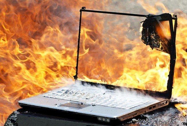 Почему ноутбук нагревается