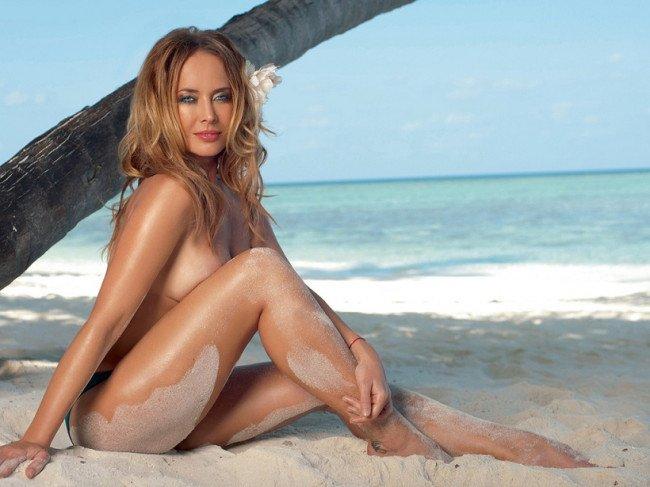 Как отдохнуть на нудистском пляже?