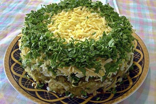 Салат печень и грибы и огурцы