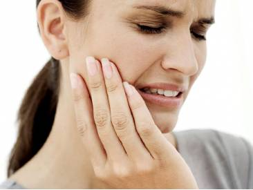 Болит зуб после установки коронки