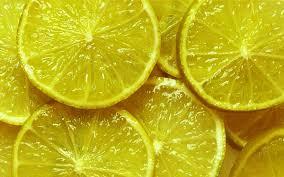 лимон удалит запах чеснока