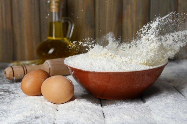 мука,яйцо и масло