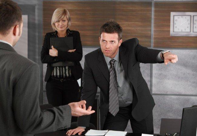 увольнение без объяснения причин, когда работаешь без трудового договора