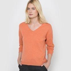 Пуловер из кашемира.