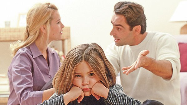 Отсюда Ребенок при разводе с кем остается впереди по-прежнему