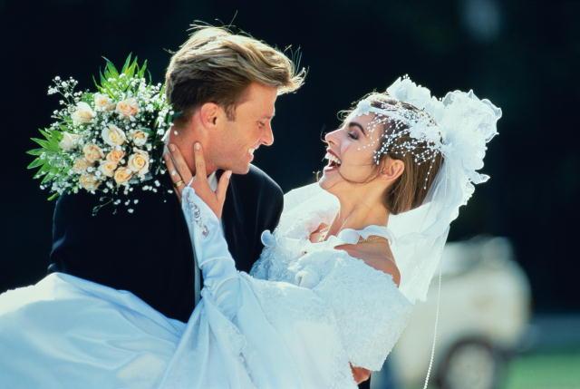 Выходить можно через какое время замуж после знакомства