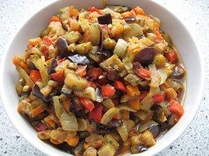Овощное рагу с кабачками и баклажаном