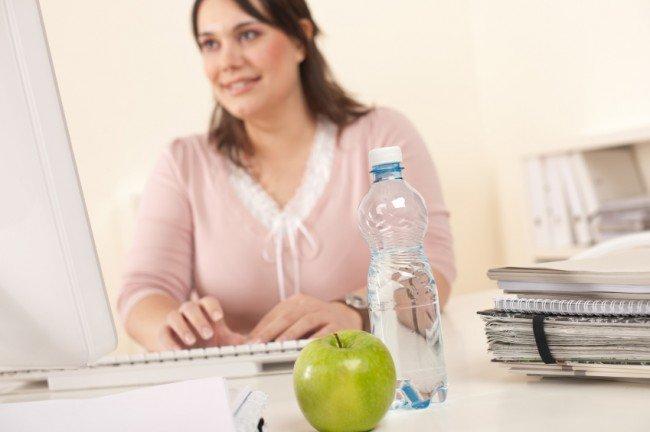 употребляйте обычную воду в период выполнения работы