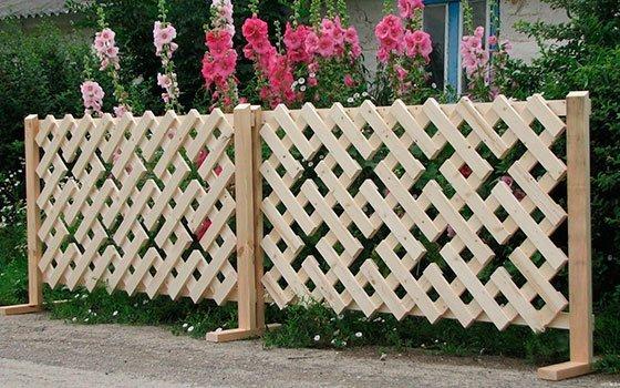 Деревянный забор - сетка