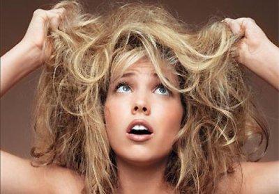 Как помочь волосам летом