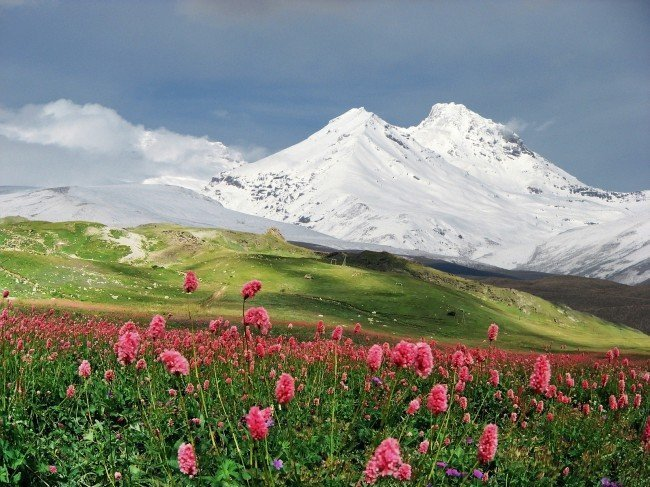 Горы в Приэльбрусье