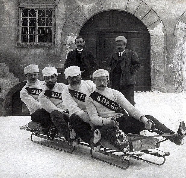 В 1888 году турист Уилсон Смит новым способом спустился из Санкт-Морица в Челерину. Какой вид спорта в результате появился?