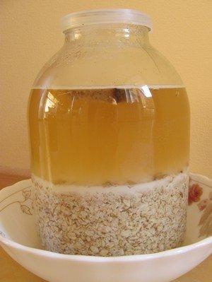 Приготовление домашнего овсяного киселя.