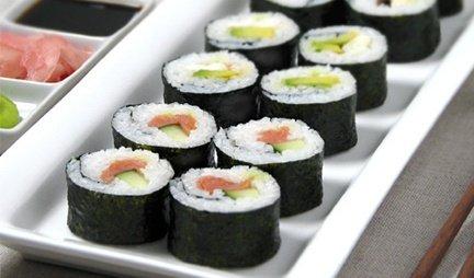 вкусное блюдо японской кухни