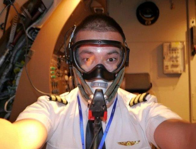 Правда ли, что пилотам самолета нельзя носить бороду?