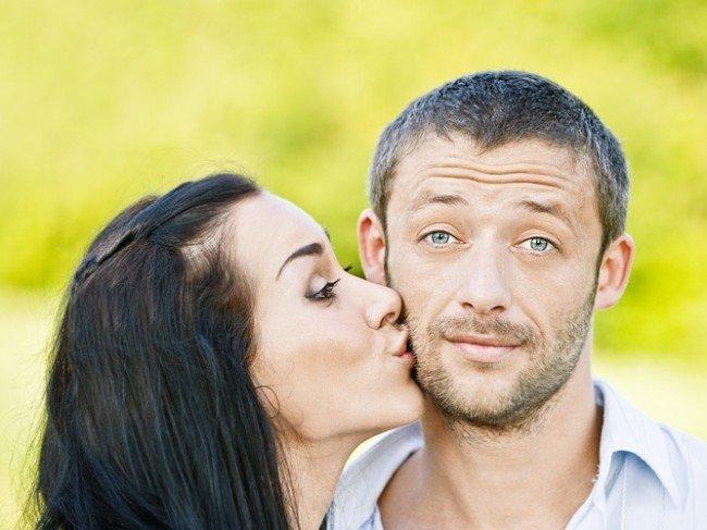 Поцелуй любимой девушки