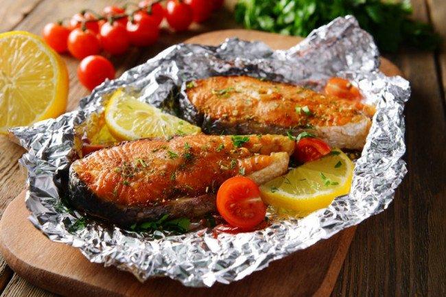 Рыба запечённая в фольге.