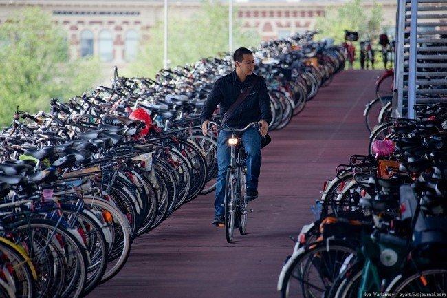 Амстердам - велосипедная столица мира