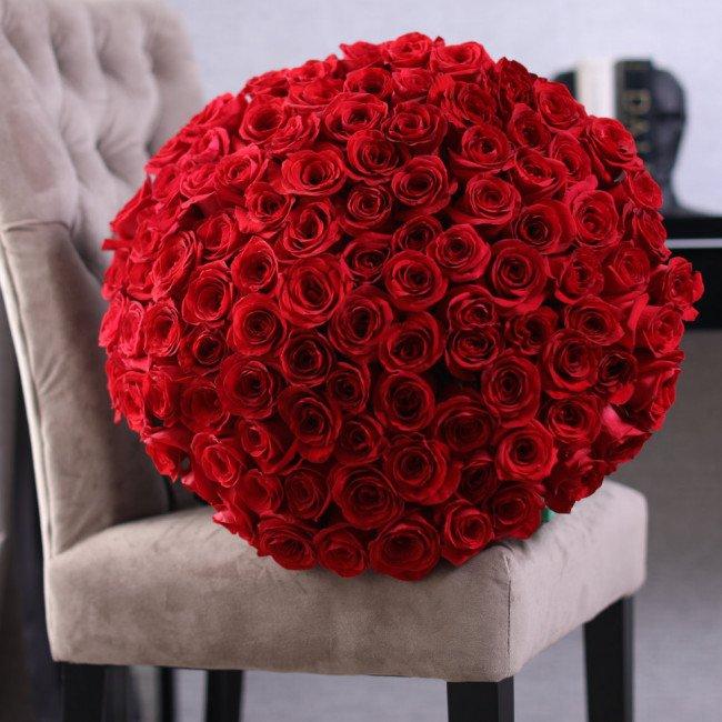 роза и подарки