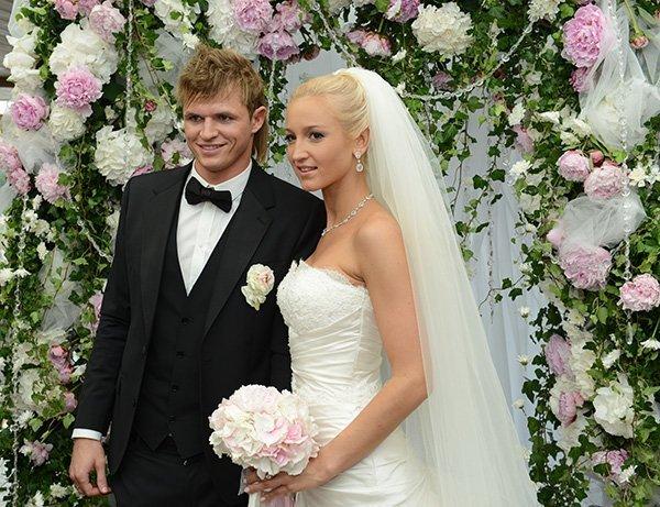 Свадебное фото Ольги Бузовой и Дмитрия Тарасова