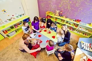 занятия в детском развивающем центре