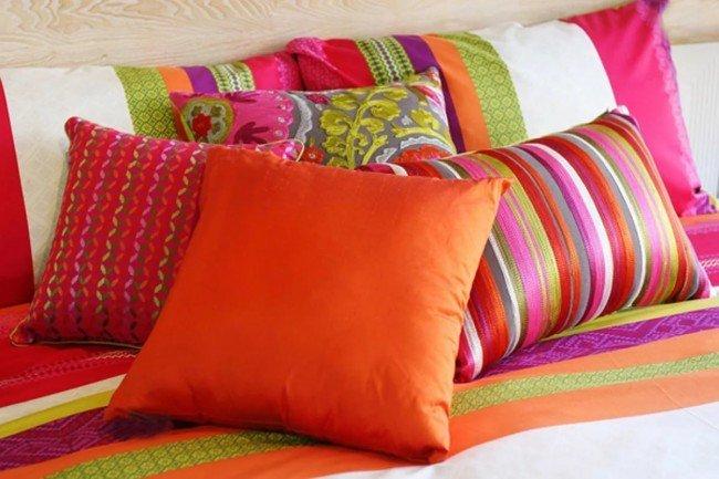 Какова история происхождения подушки?