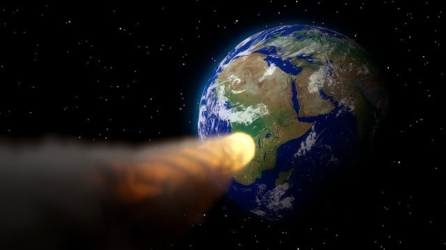 астероид, летящий на землю
