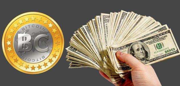 Биткоин и доллар.