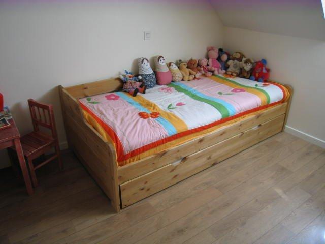 Переход ребенка во взрослую кровать