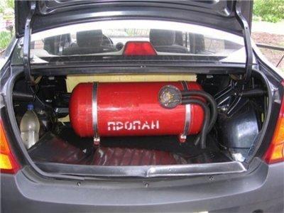 газ на машину