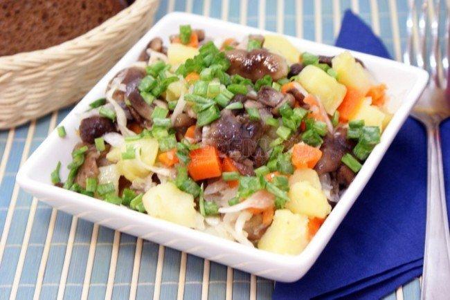 рецепт салата из опят