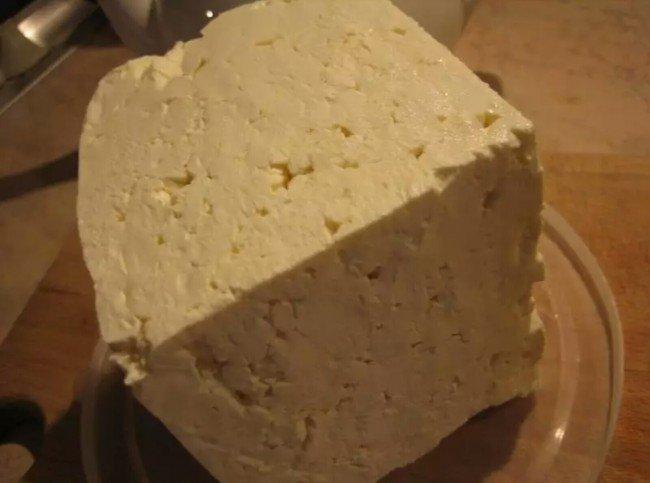 Брынза для приготовления осетинских пирогов