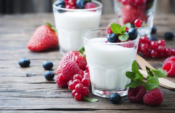 Йогурт на основе кислого молока