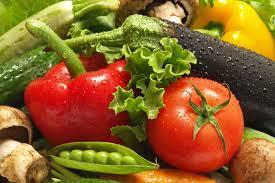 Овощи и фрукты на вашем столе.